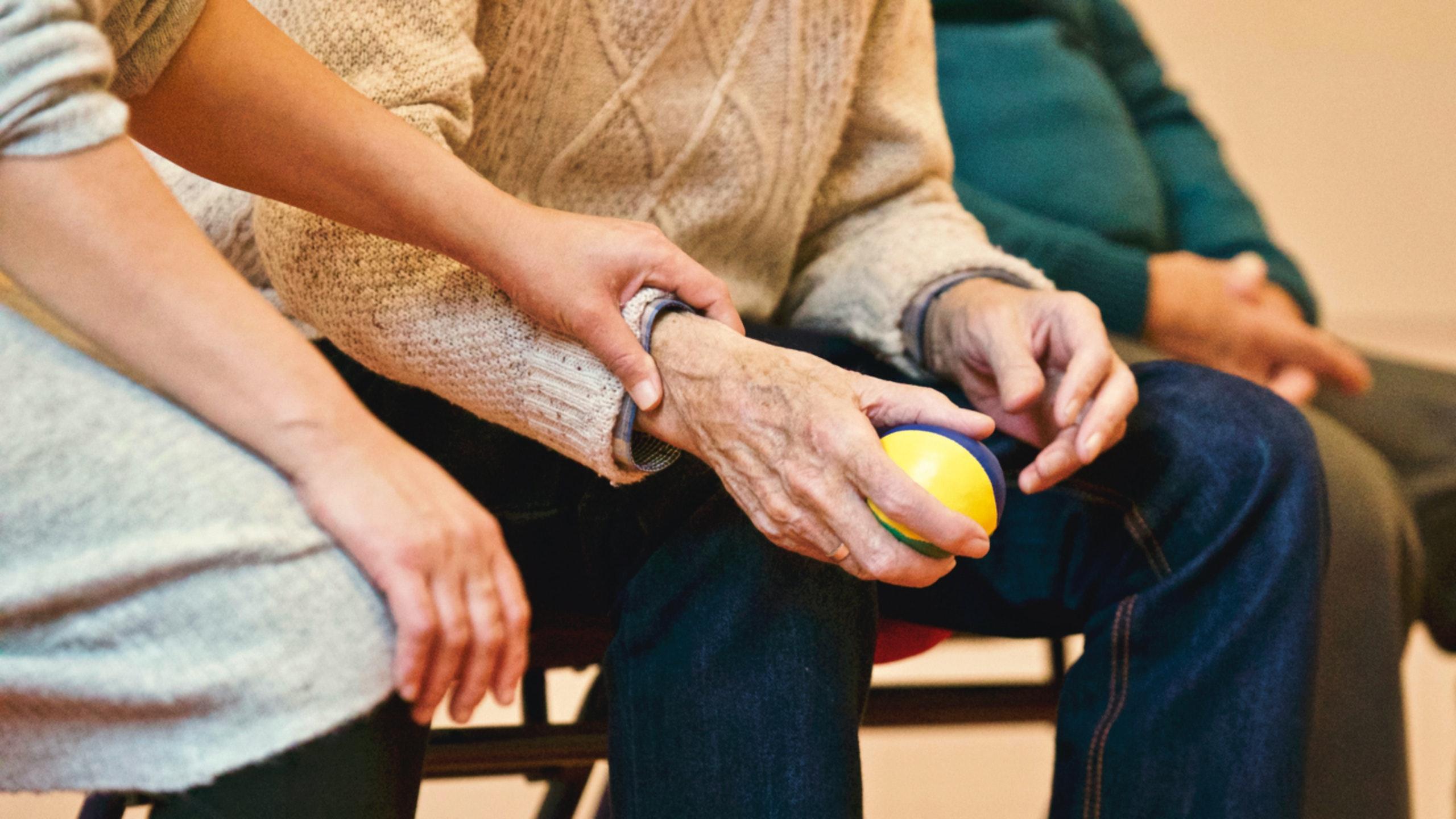 arthritis-in-hand